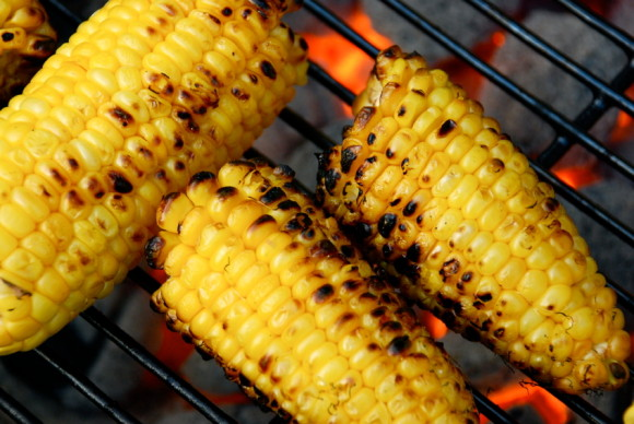 barbecue grilled corn on the cob